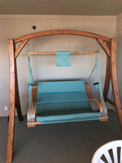 Loveseat Swing, Deck